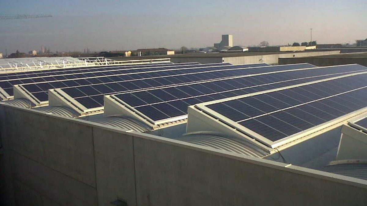 Impianto fotovoltaico copertura azienda produttiva