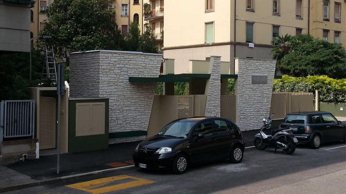 Ingresso parcheggio urbano nuova costruzione